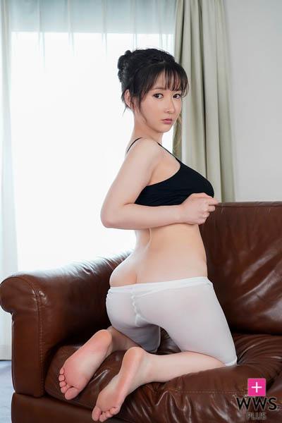 爆乳Jカップ・雨宮留菜の新作DVDは悩殺過激パフォーマンスが満載!