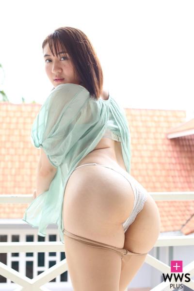 依東杏奈、ラテン系の腰つきで誘惑のイメージ、インタビューが公開